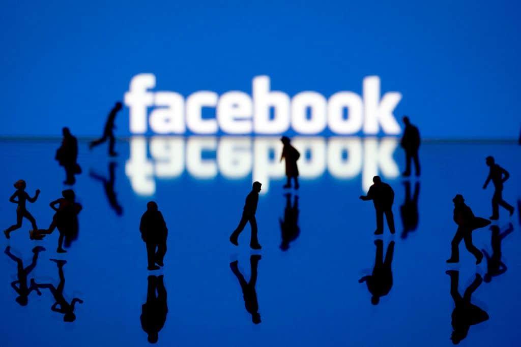 To Facebook τιμωρεί τους διαχειριστές σελίδων με αργά site, Προώθηση ιστοσελίδων SEO Marketer
