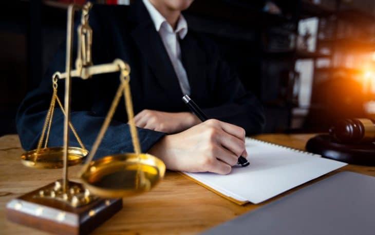 διαφημιση δικηγορικου γραφειου δικηγορων